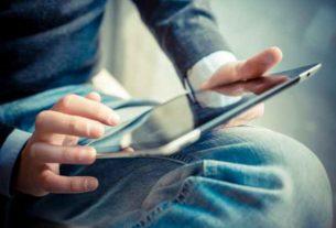 Stojak do tabletu - zalety i wady tego rozwiązania
